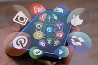 Social media 4698431 1280