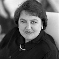 Profile photo of Lisa Ballard