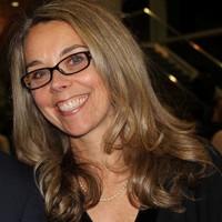 Profile photo of Lynn Swords