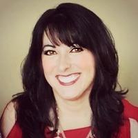 Profile photo of Julie Gates