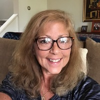 Profile photo of Julie Weishaar