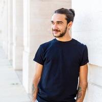 Profile photo of Lucas Sellanes