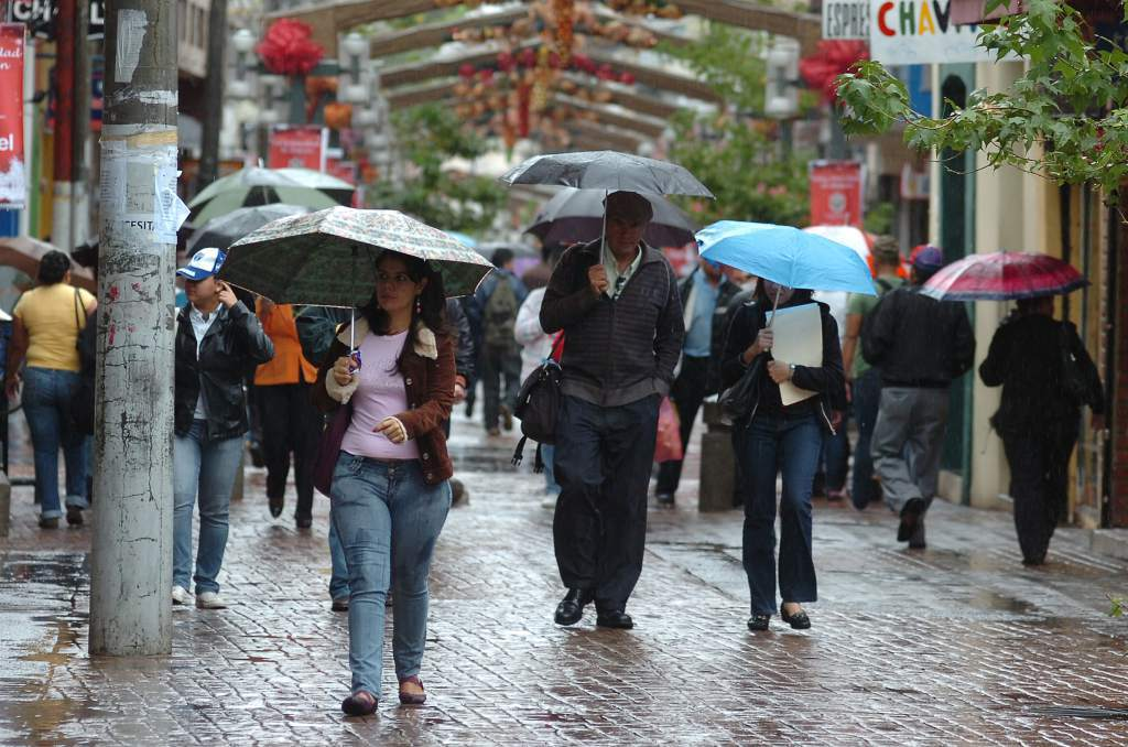 Una onda tropical dejará lluvias y chubascos en algunas regiones de Honduras