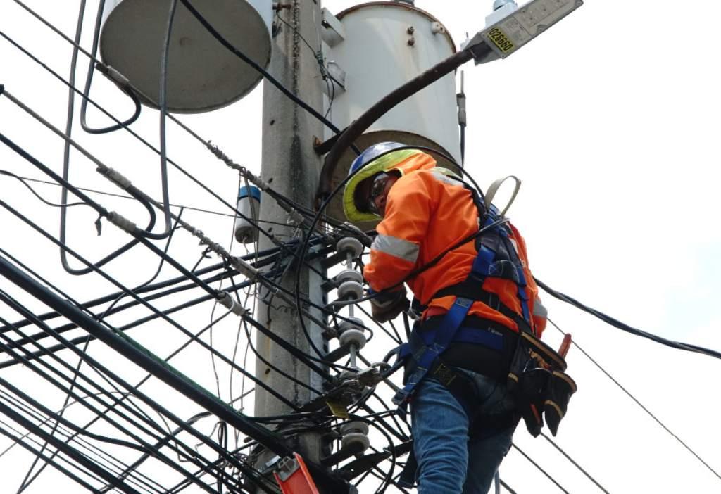 Cancelan contratos de generación eléctrica en la ENEE