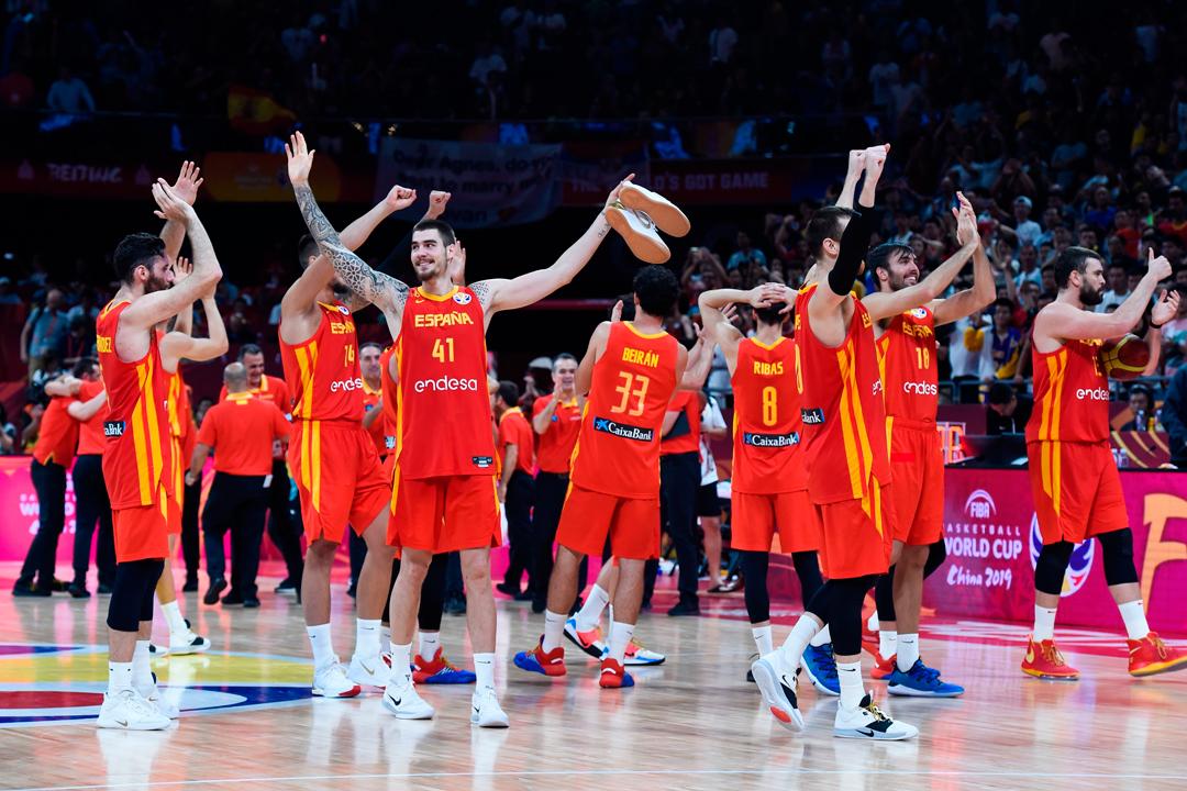 España celebra su título del mundo en baloncesto