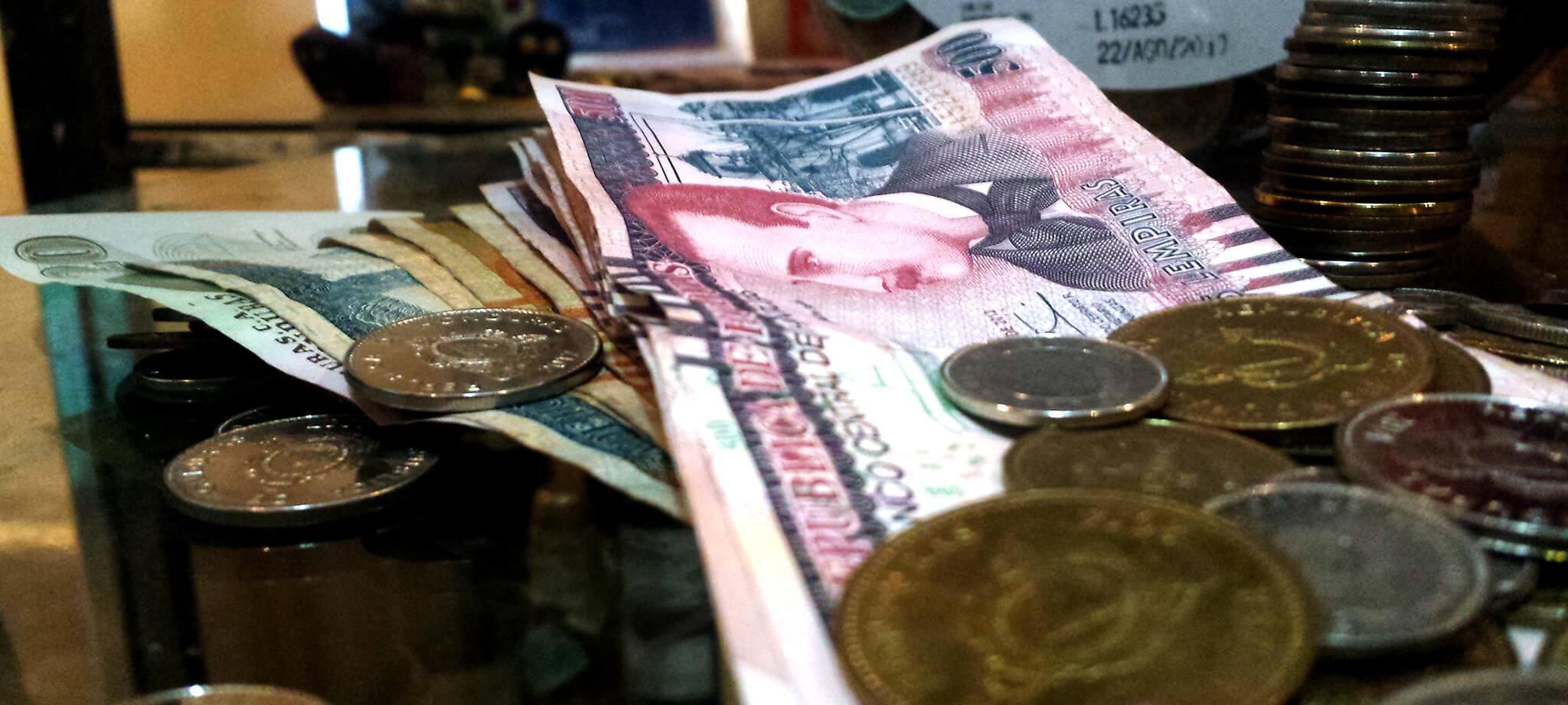 Editorial: Presupuesto y Economía Deprimida