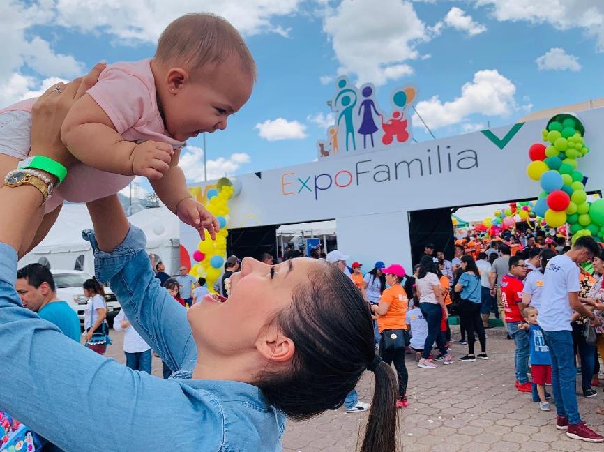 """Todo un éxito fue el evento """"ExpoFamilia"""" ¡Vienen más !"""