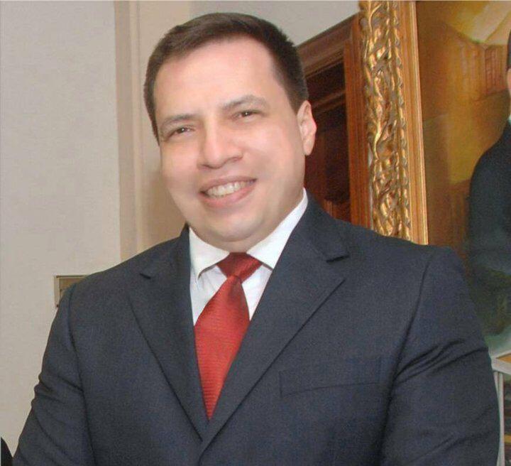 """""""Se debe revisar la formación de los seminaristas"""", advierte el exsacerdote José Mora"""