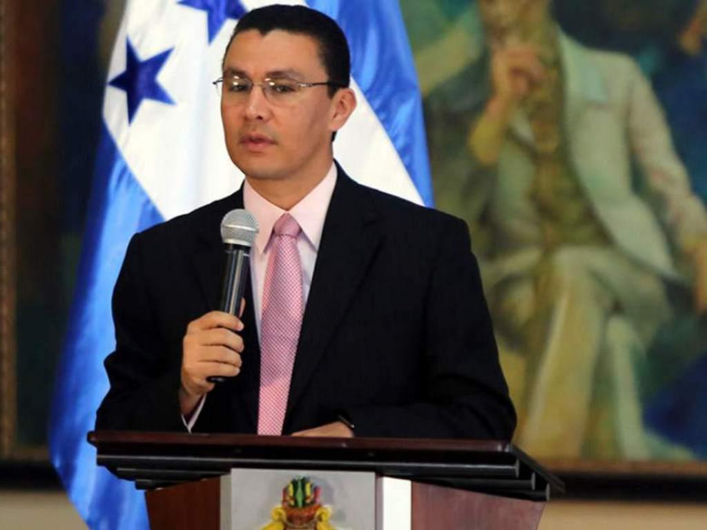 Ebal diaz ministro de la presidencia honduras