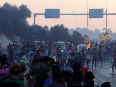 Represión policial contra manifestantes en Irak deja 18 muertos