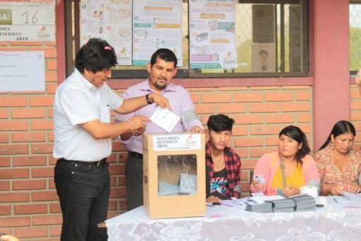 Pdte. Evo Morales vota en comicios generales de Bolivia