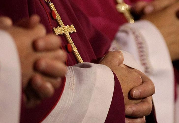 ¿Debería de abrirse la posibilidad que hombres casados opten por el sacerdocio?