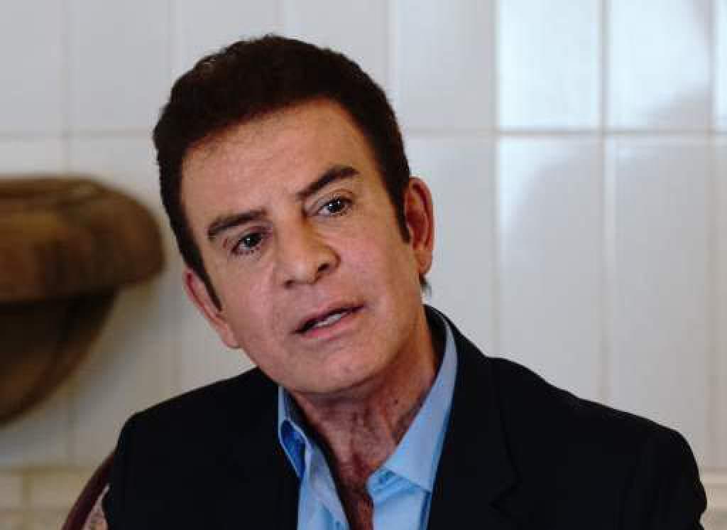 """Nasralla: """"Las FF.AA tienen la facultad de capturar al presidente Hernández y a sus ministros por traición a la patria"""""""