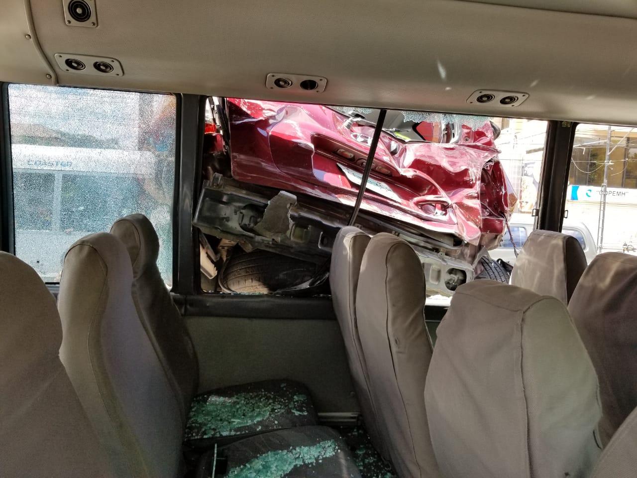 Al menos tres personas resultaron heridas, tras triple colisión en Tegucigalpa