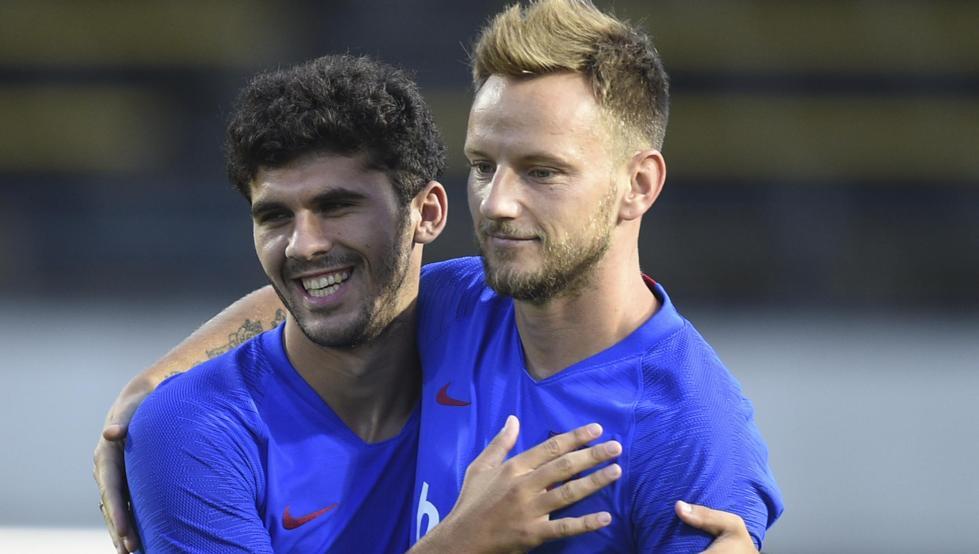 El Barça vendería a Rakitic y Aleñá