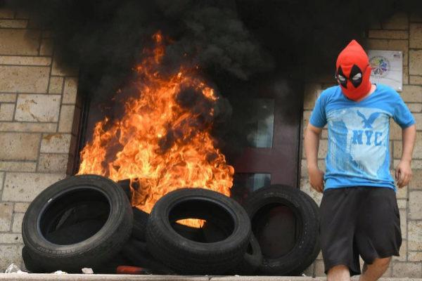 Al Hospital Mario Mendoza será enviado el joven que incendió la embajada americana