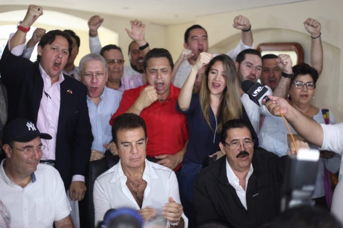 """Líderes de oposición conforman """"La Coalición de Unidad Opositora"""" y convocan a protestas a partir del lunes"""