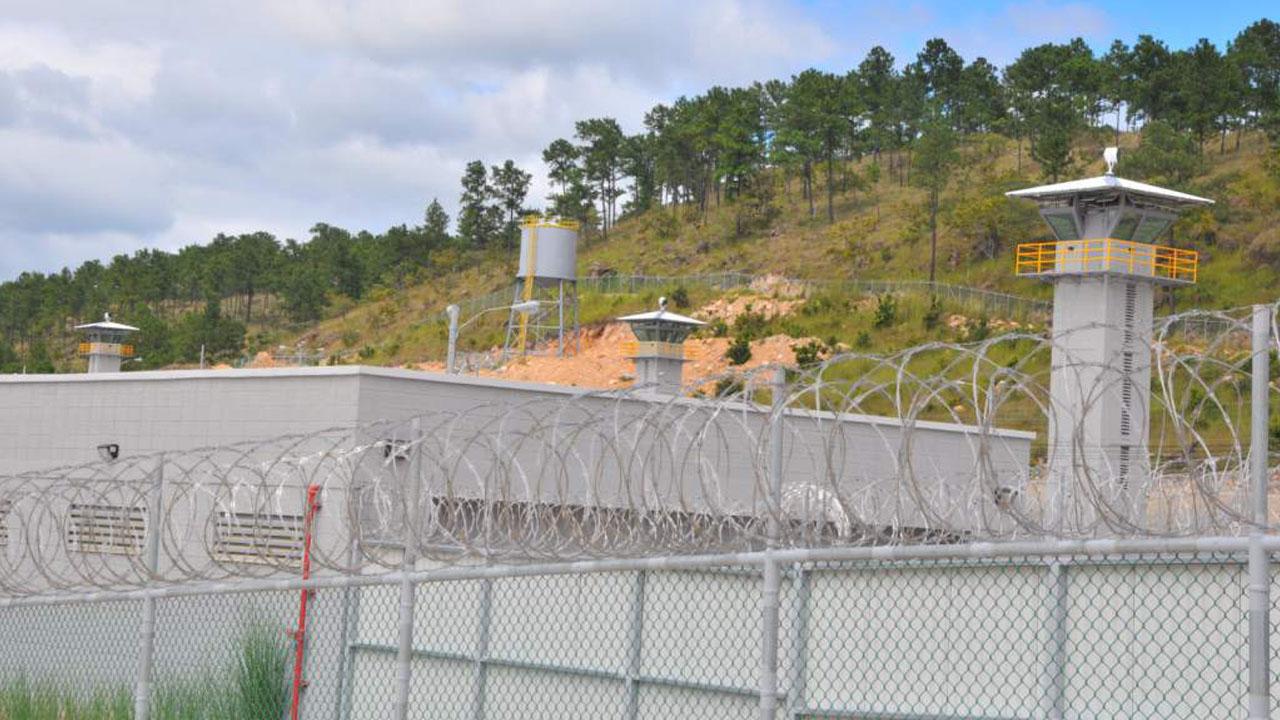 Más de 50 empleados de sistema penitenciario han sido despedidos por faltas y delitos este año
