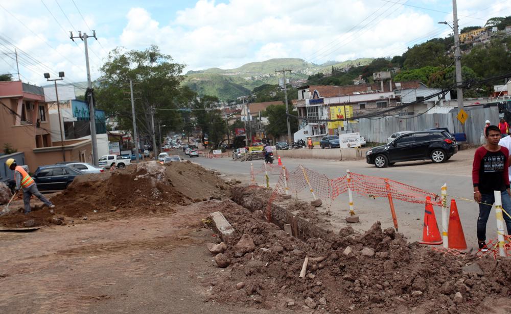 Cerrado por 40 días la calle en la avenida La Paz en Tegucigalpa