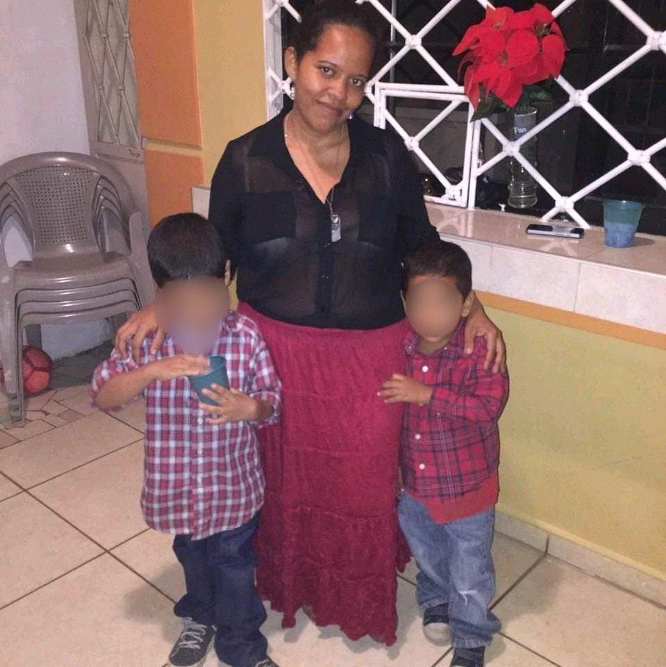 Aún en la Morgue sampedrana, los cuerpos de la joven madre desempleada y sus dos hijos, quienes murieron calcinados