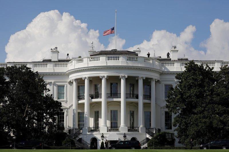 Cierre de Casa Blanca
