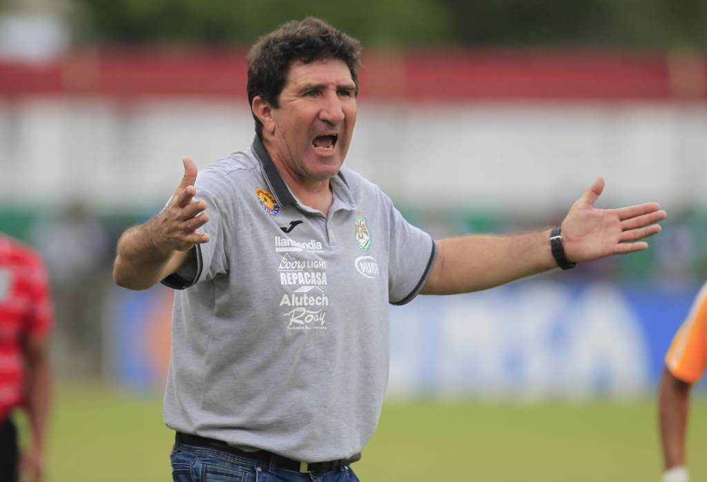 Duro castigo para el técnico Héctor Vargas por la Comisión de Disciplina