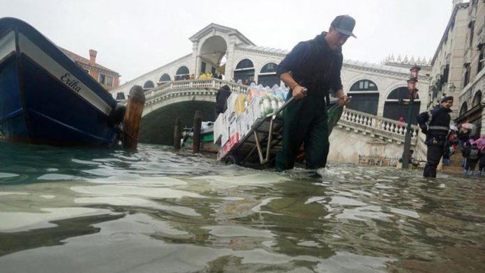 En emergencia Venecia.