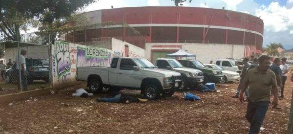 Unas 5 personas mueren tras ataque armado en Michoacán, México