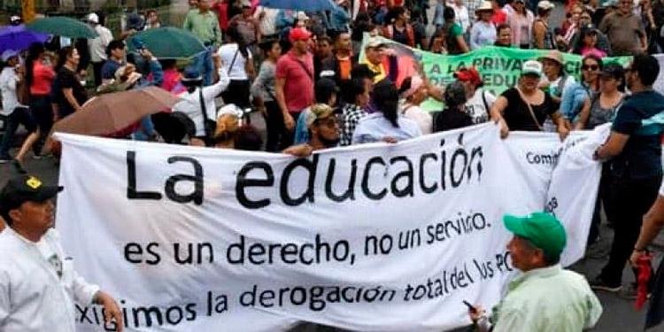 Publicado en La Gaceta la deducción del 8% al decimotercero y decimocuarto mes de salario de los maestros