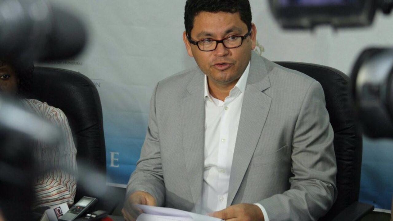 Presentan Requerimiento Fiscal contra Marlon Escoto