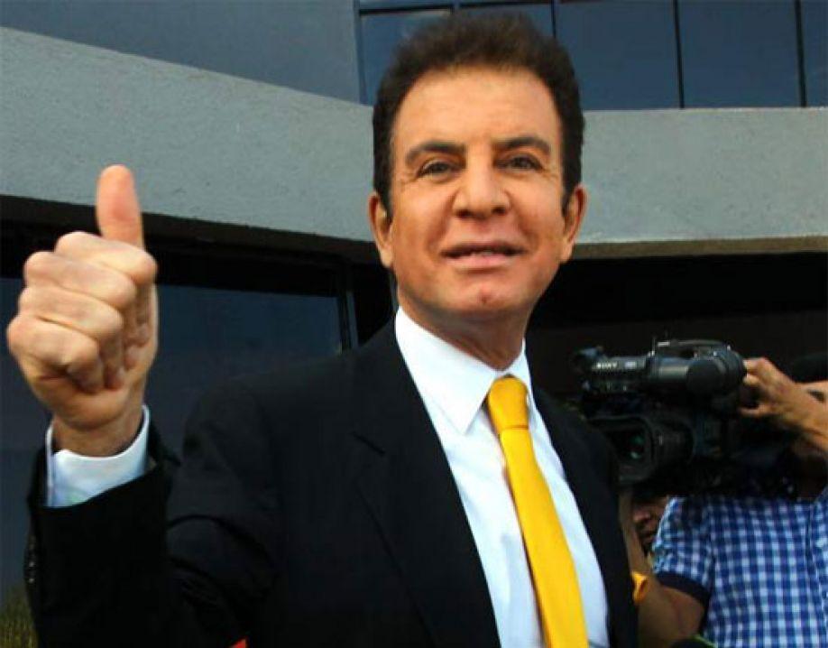 Según Salvador Nasralla solo él puede vencer al Partido Nacional