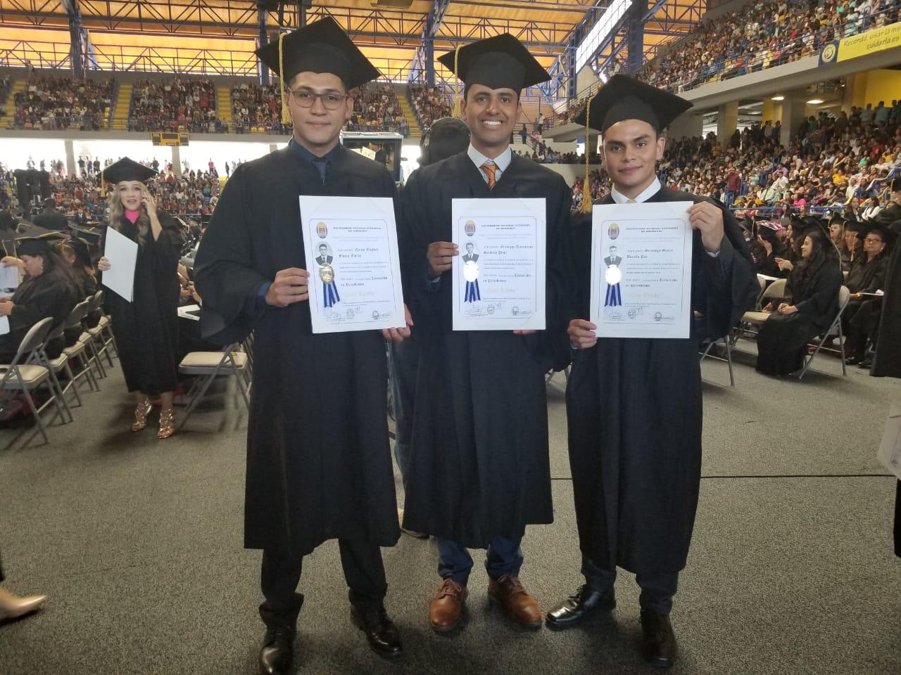 Graduados UNAH