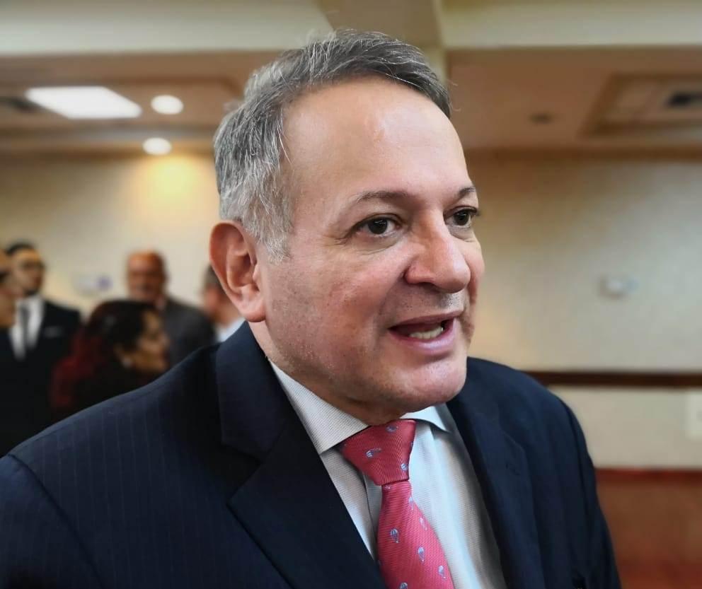 """""""La Ley de Alivio de Deuda mejora las condiciones de los hondureños"""" Moncada"""