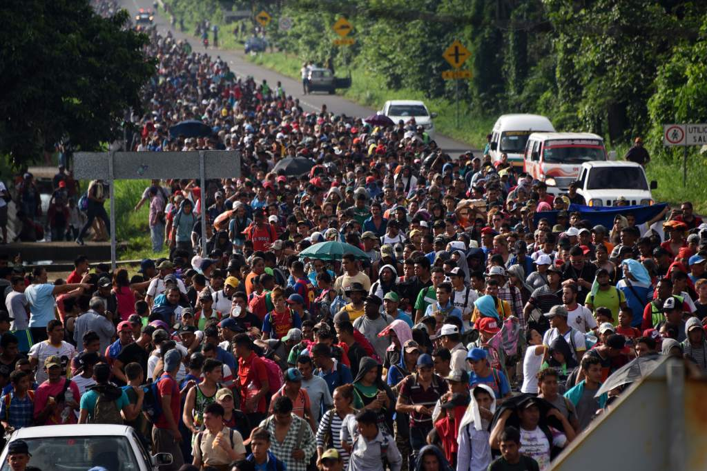 Hondureños convocan una nueva caravana rumbo a Estados Unidos