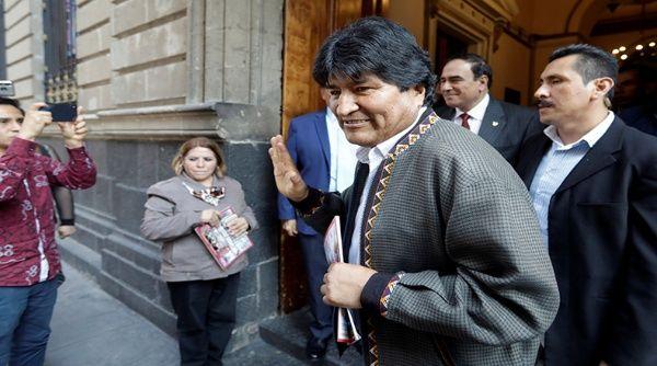 Evo Morales habría abandonado México rumbo a Cuba