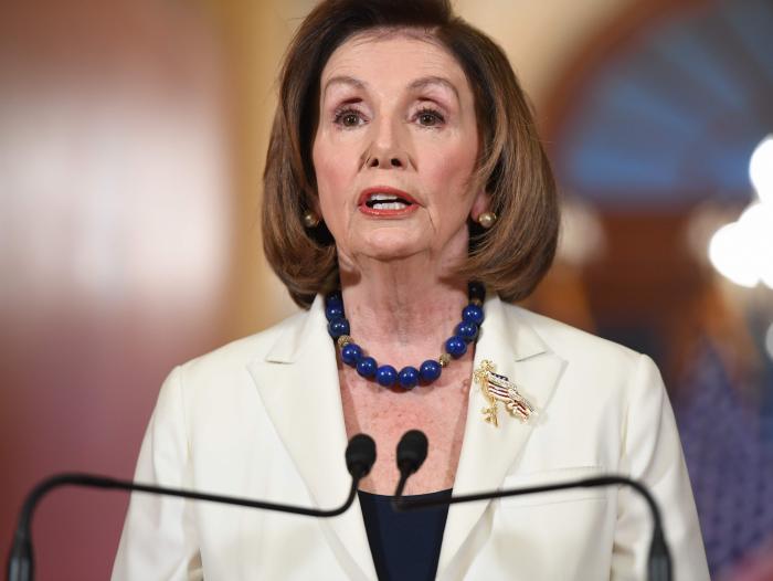 Nancy Pelosi pide iniciar la redacción de los cargos del juicio político a Trump