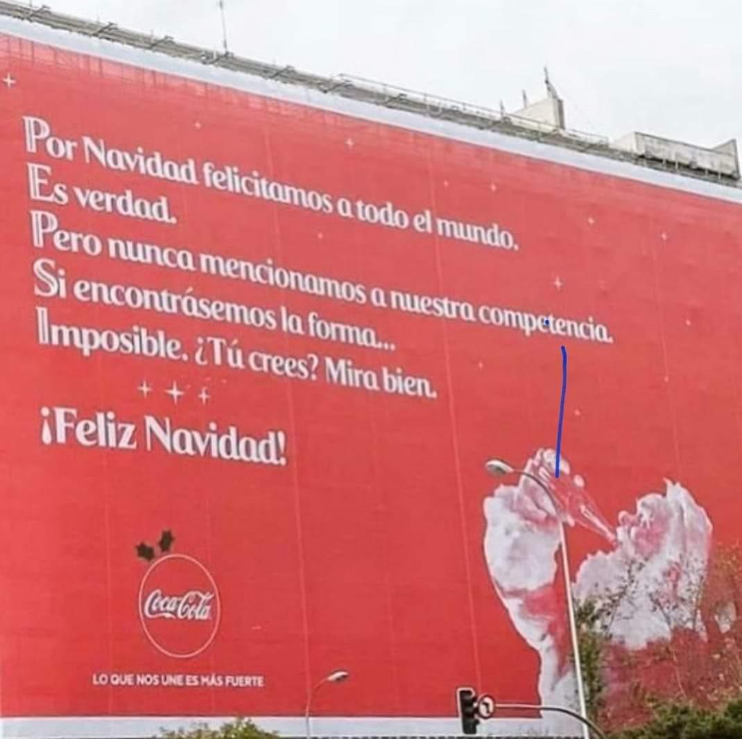 Coca-Cola da una lección de Navidad: felicita a su rival