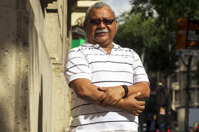 Padre Melo en Twitter acusa al presidente por exterminio en centros penales