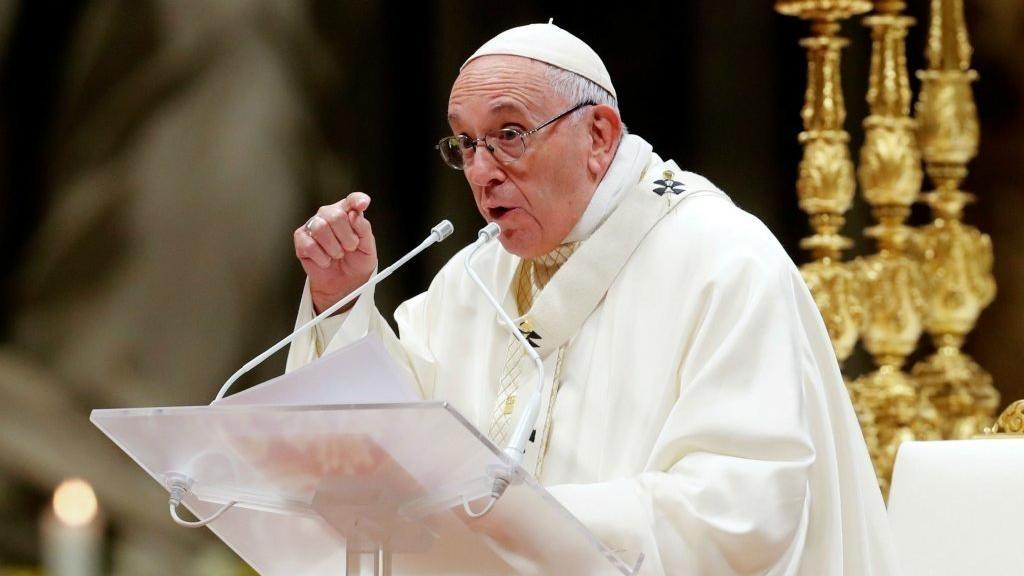 """Papa Francisco """" La corrupción degrada la dignidad de la persona y destruye los ideales buenos"""""""