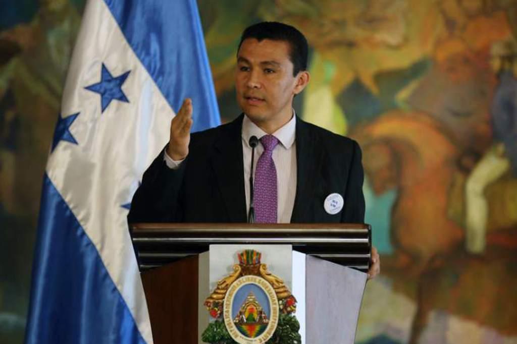Ministro Ebal Díaz culpa a la Maccih de percepción de corrupción de Honduras