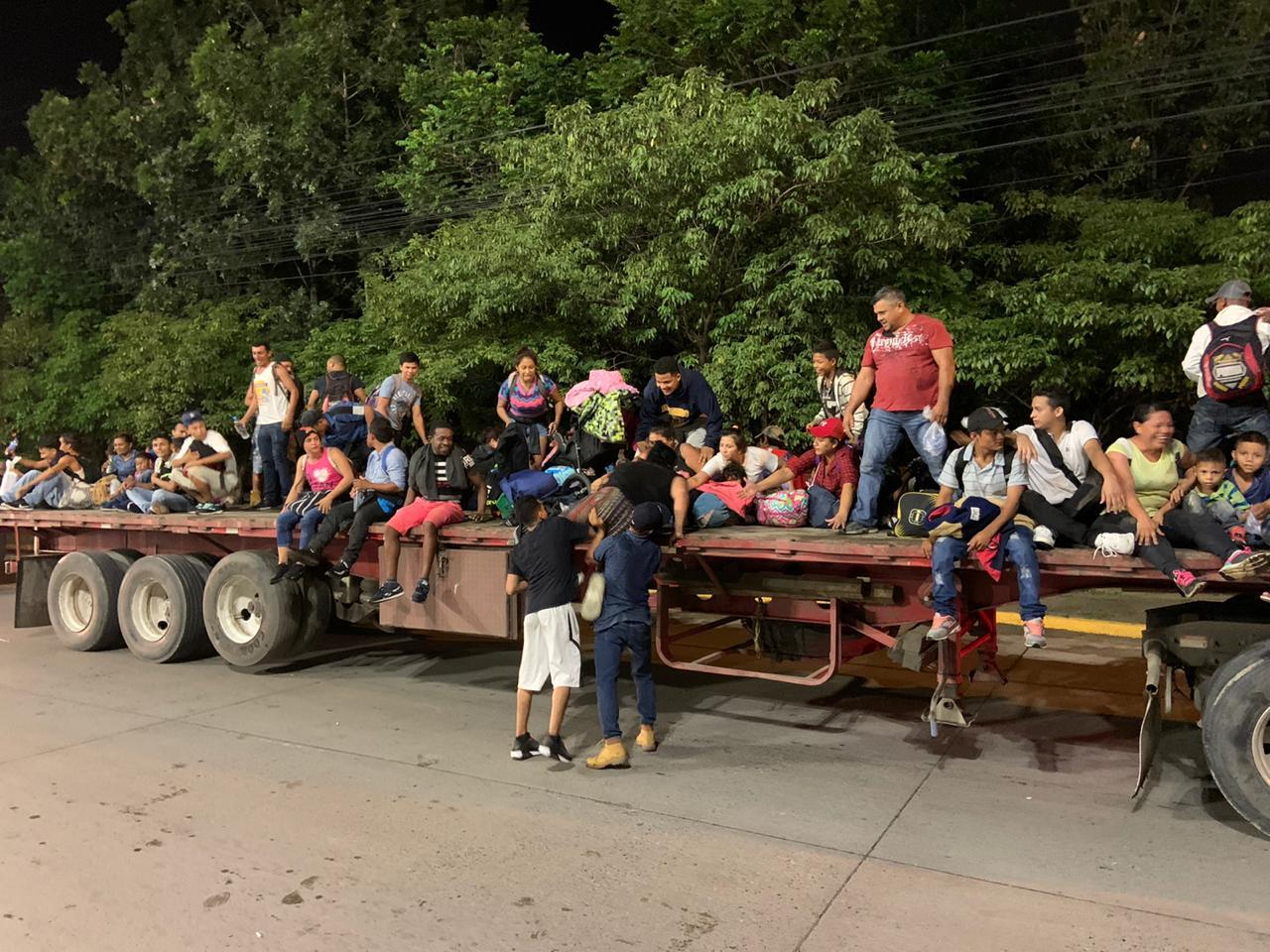 Rumbo hacia los Estados Unidos nueva caravana de migrantes hondureños