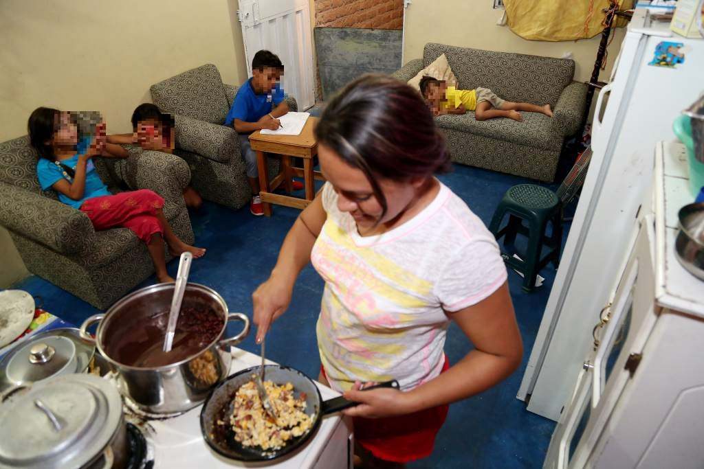 Unas 670 mil mujeres son la cabeza de los hogares en Honduras