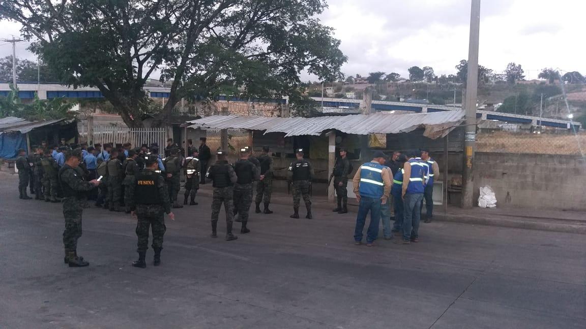 Por segundo día consecutivo transportistas de Tegucigalpa paralizan sus unidades