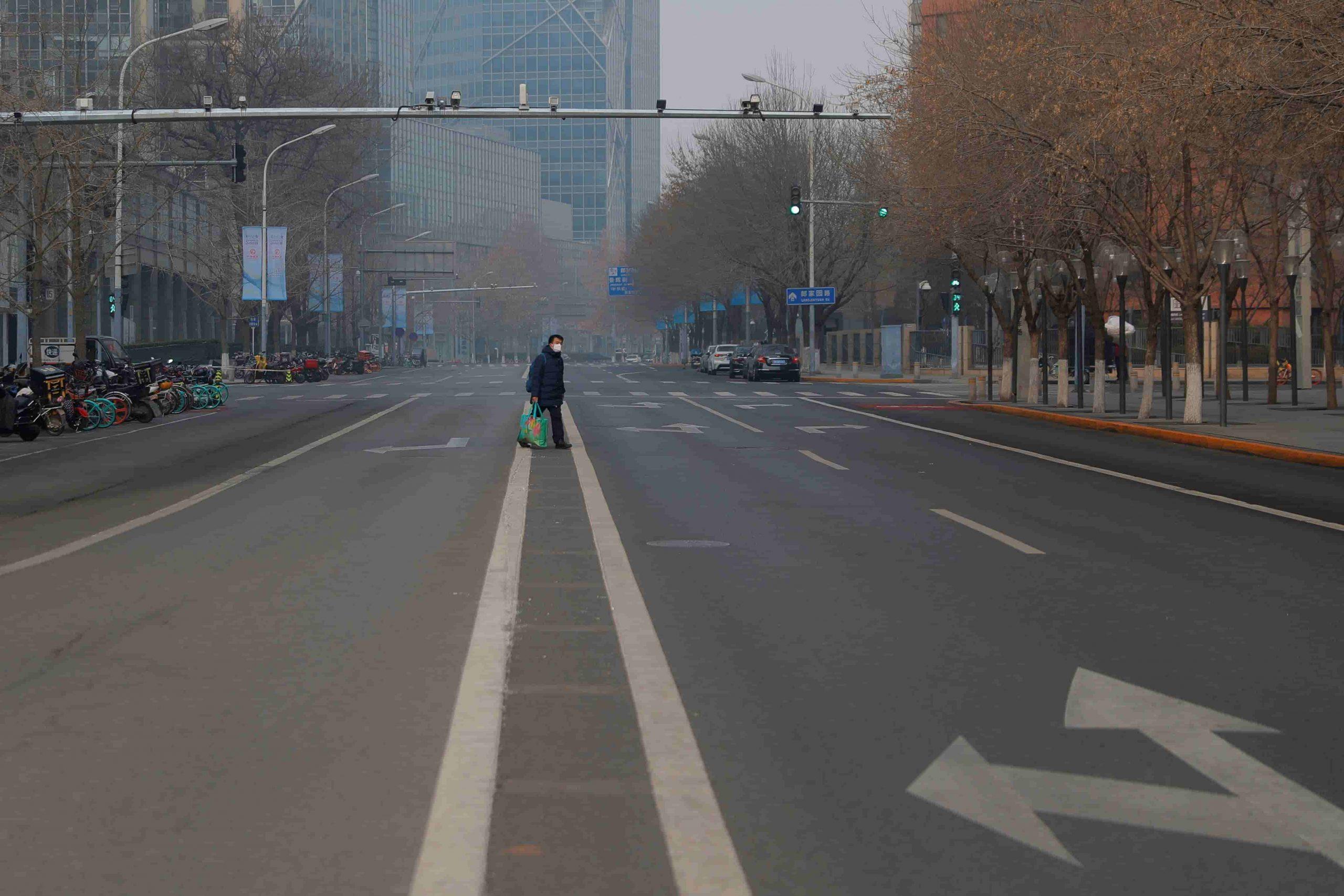 """Impactantes imágenes de diferentes lugares de China, convertidas en """"ciudades fantasmas"""" por el coronavirus"""