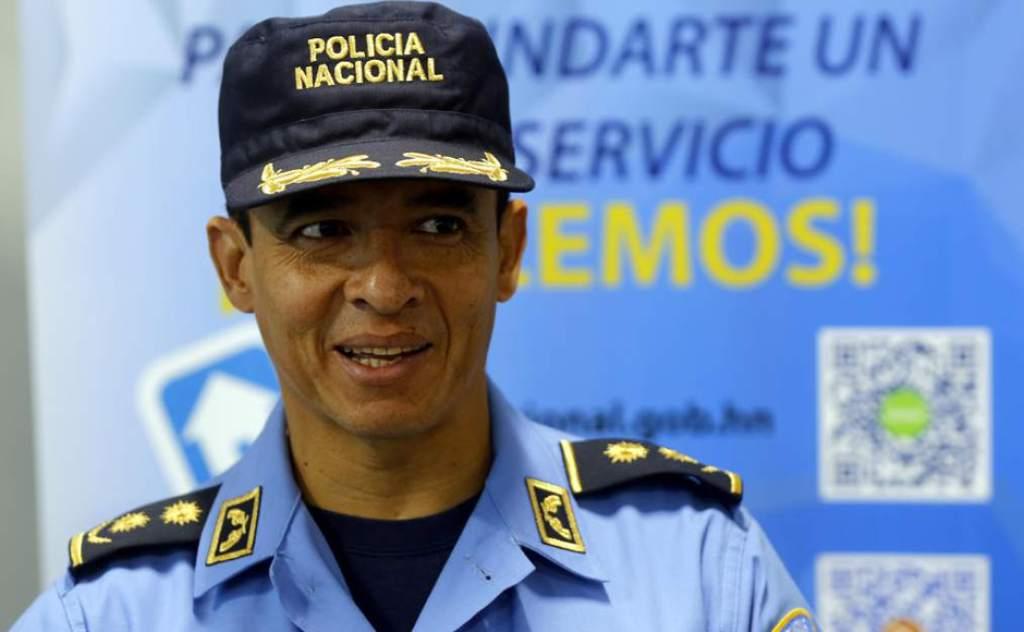 Comisionado Leonel Sauceda.