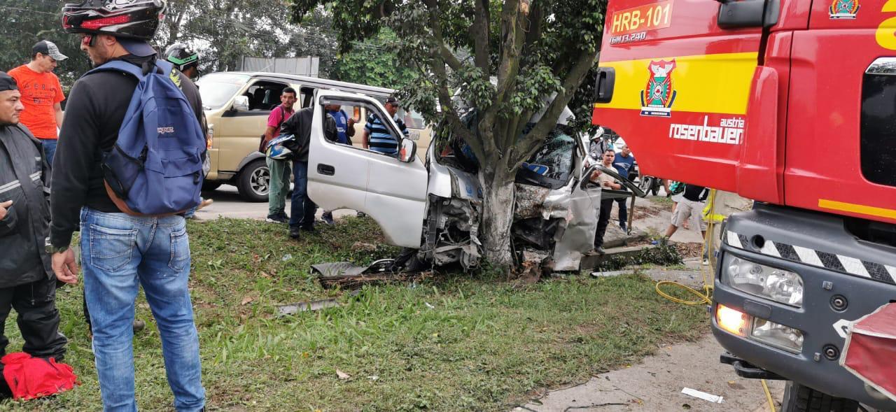 Heridos en aparatoso accidente