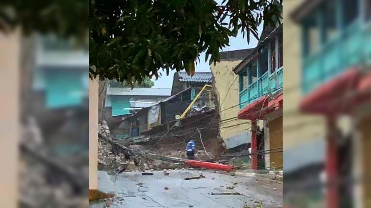 Colapsa muro perimetral del Centro Penal de Trujillo, no se reporta heridos ni fuga de reos