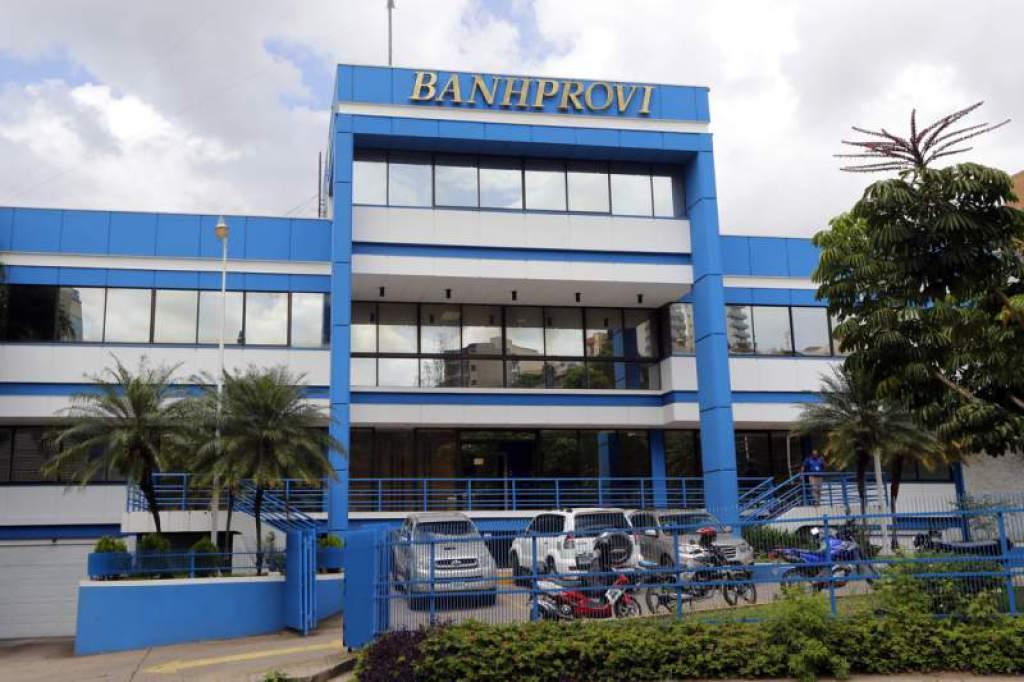 Banhprovi anuncia congelamiento de capital e intereses en los préstamos por tres meses en Honduras