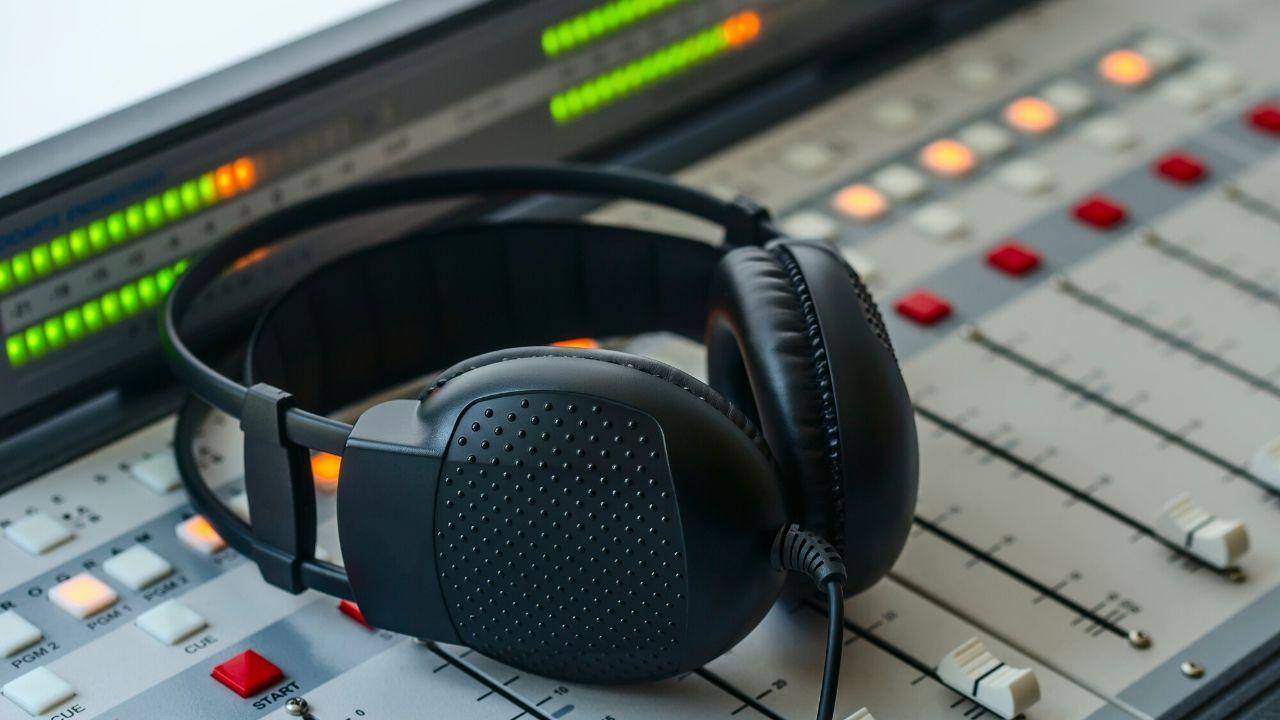 La radio se posiciona en el mundo como la primera opción para informarse del coronavirus