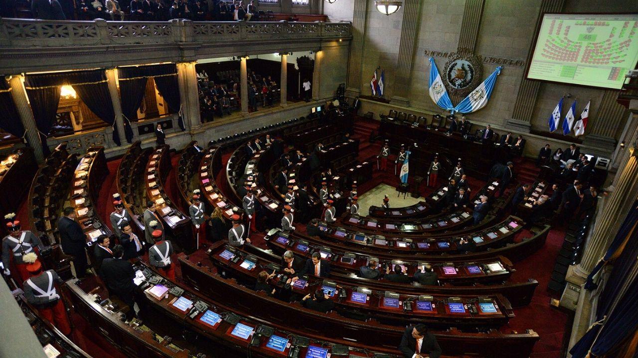 Congreso de Guatemala aprueba endeudamiento por 450 millones de dólares por coronavirus